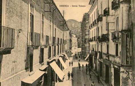 Cosenza Corso Telesio 9
