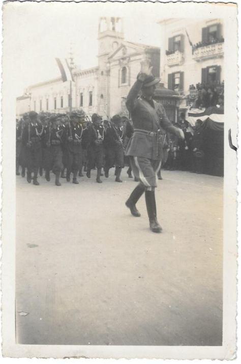 anno 1935 avanguardisti i parata
