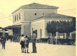 la stazione f.s. anni 30